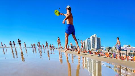 חוף פרישמן השתקפות9.jpg