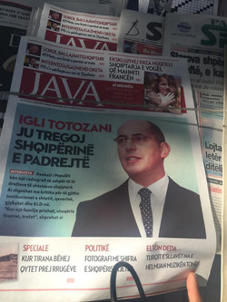 東歐《阿爾巴尼亞》外交部局府邸航拍