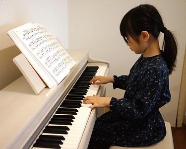 個人に合わせてピアノレッスンをカスタマイズ.png