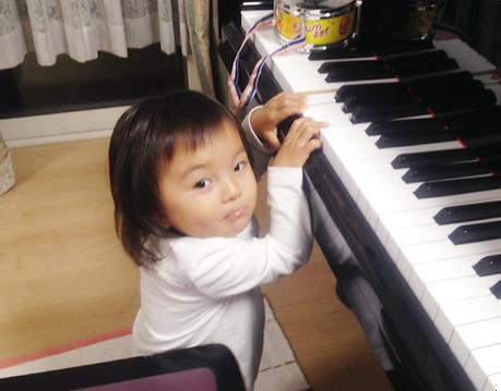幼児向けピアノレッスン(メイン写真).png