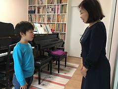 男の子のピアノレッスン.jpeg