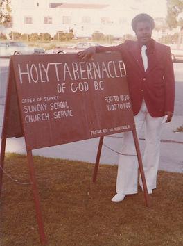 325 N. Hillcrest Sign.jpg