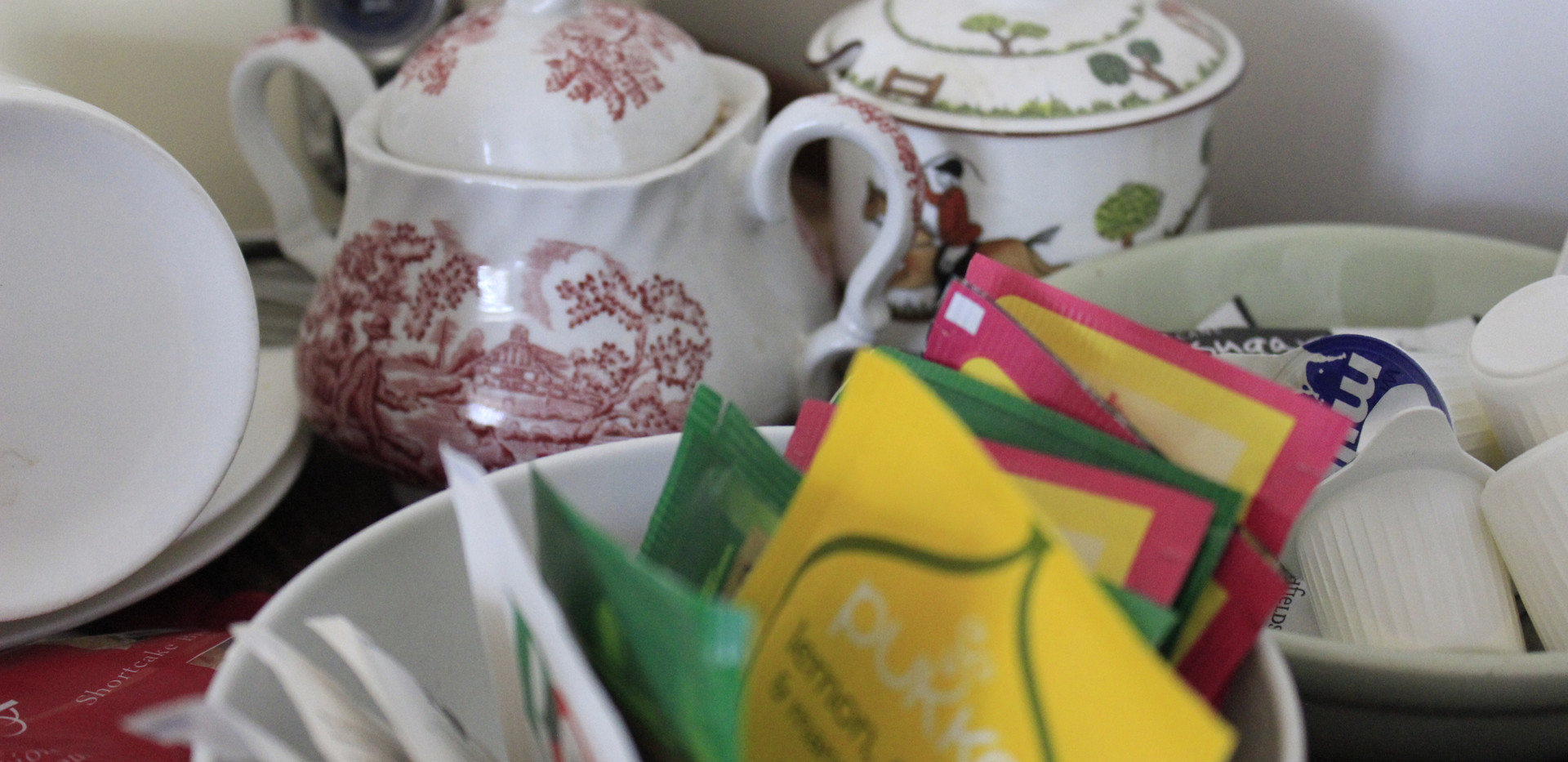 Tea and coffee facilities.JPG