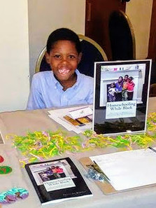 YOUTHPRENEUR_AT_LIBERATED_MINDS_EXPO_2018[1].jpg