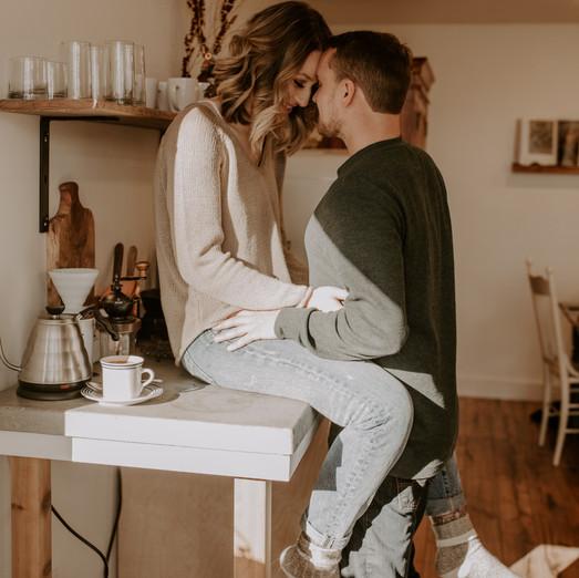 Dallas & Joel || Cozy Indoor Couple Session