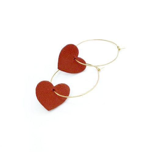 Boucles d'oreilles en cuir, créoles forme coeur rouge