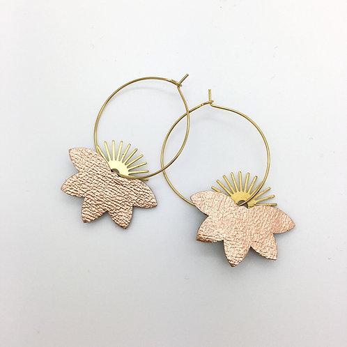 Boucles d'oreilles en cuir, créoles forme feuille