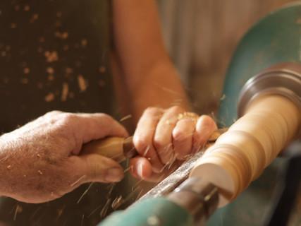 Fabrication artisanale d'objets en bois