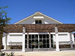 terasa umbrita cu panouri de rachita