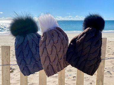 IMG_6940401 hand knits matunuck hat dark