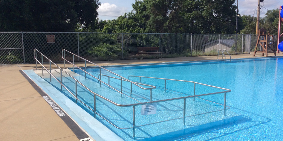 Ramp in Memorial Pool