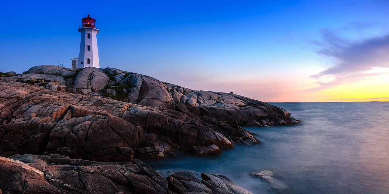 peggys-cove-lighthouse-shawn-m--kent-wik
