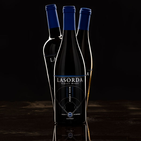 Lasorda-3 Wines-Group-4-blk bg-800x800-W