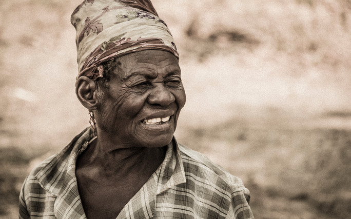 Namibian_Woman_Grain_IMG_6322.jpg