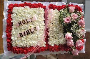 STANDING BIBLE 03