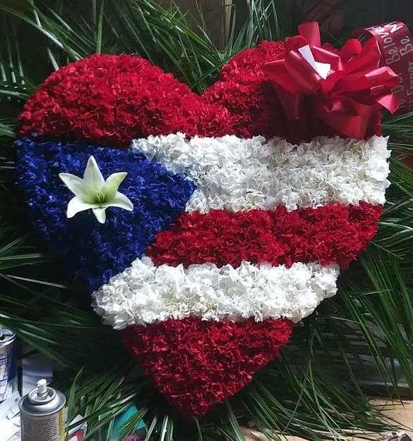 RH14 - HEART WITH PR FLAG