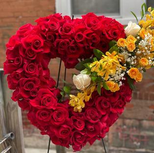 RH77 - ALL ROSE OPEN HEART