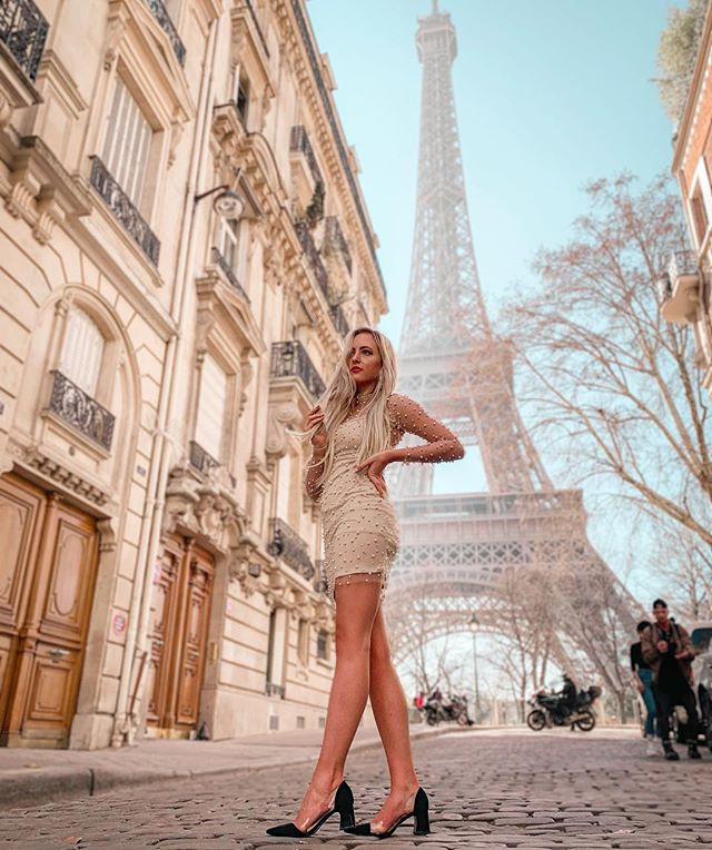 how to get invited to paris fashion week. paris fashion week 2019, paris fashion week. how to get on the list for paris fashion week