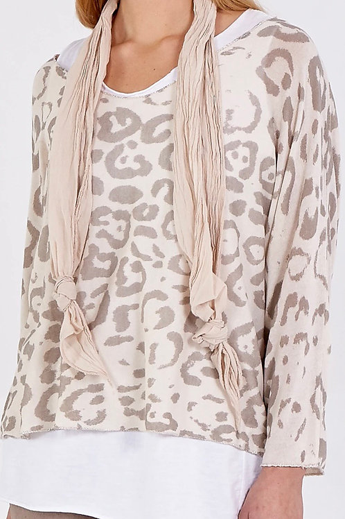 2-in-1 Leopard print  top with scarf