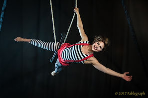Soda City Cirque Trapeze