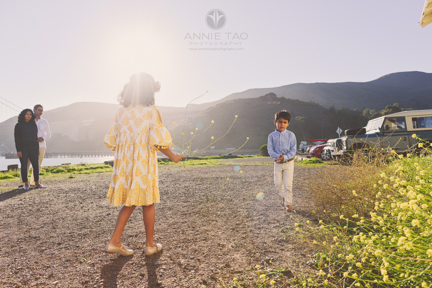 san-francisco-lifestyle-family-photography-family-hanging-out