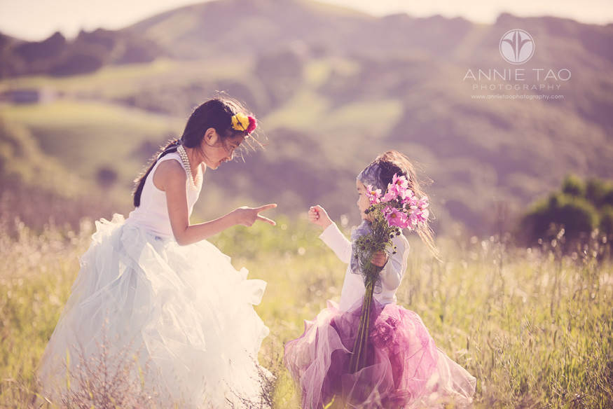 East-Bay-styled-children-photography-sisters-playing-rock-paper-scissors