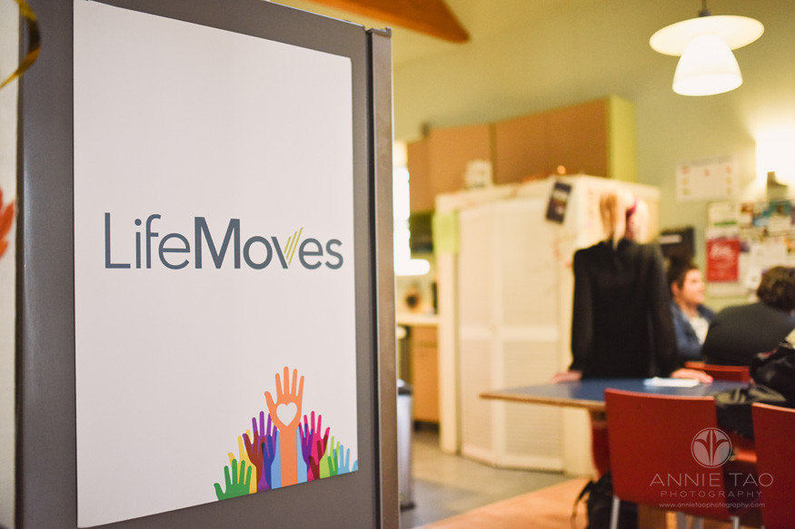 san-francisco-bay-area-commercial-photography-lifemoves-poster-inside-house