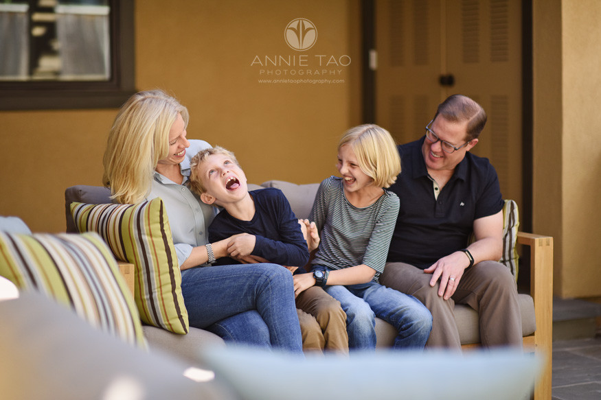 Bay-Area-lifestyle-family-photography-kids-laughing-with-parents-on-patio-couch
