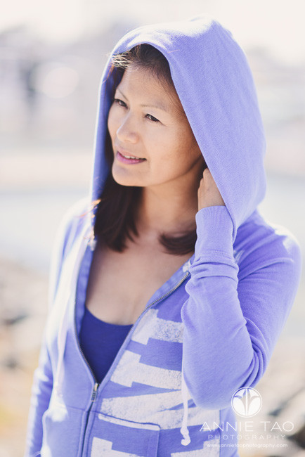 East-Bay-styled-photography-woman-with-hoodie