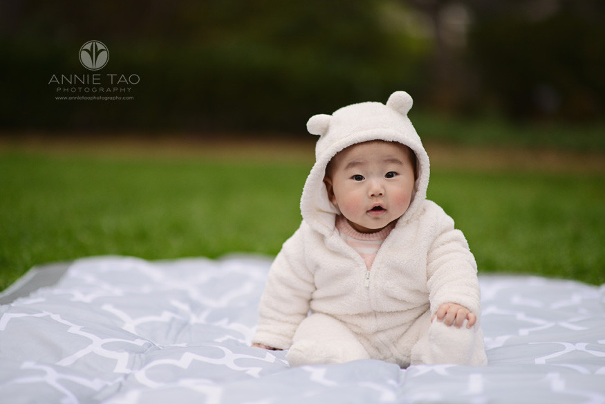 Bay-Area-Palo-Alto-lifestyle-baby-photography-sitting-five-month-old-baby-in-full-body-bear-coat