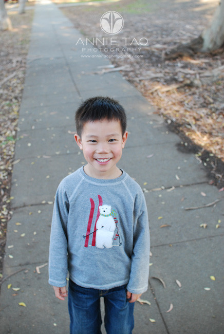 Bay-Area-Palo-Alto-children-lifestyle-photography-young-boy-top-down-photo-2008-4yearsold