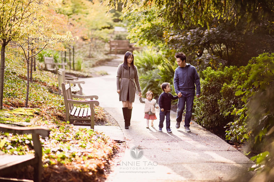 East-Bay-lifestyle-family-photography-walking-on-path-in-garden