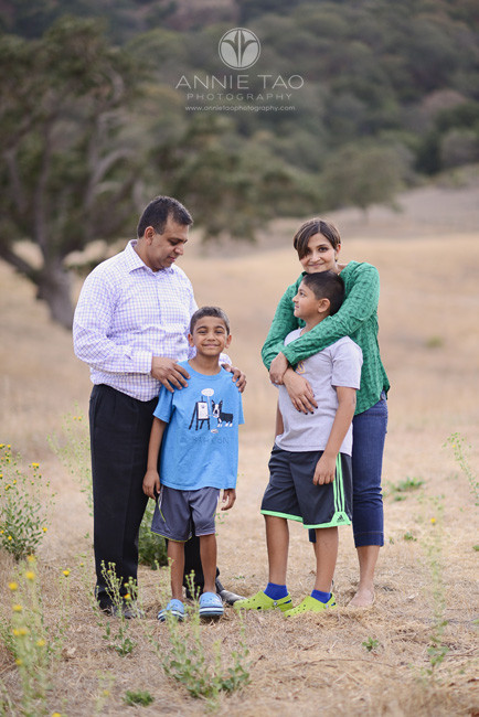 East-Bay-lifestyle-family-photography-family-relaxing-on-hillside