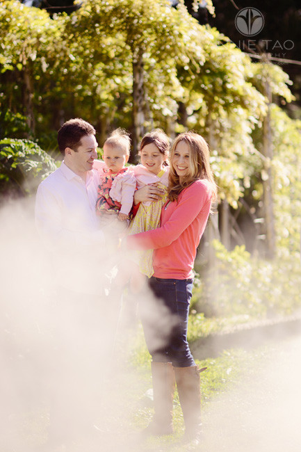 San-Francisco-lifestyle-family-photography-family-standing-in-mist-2