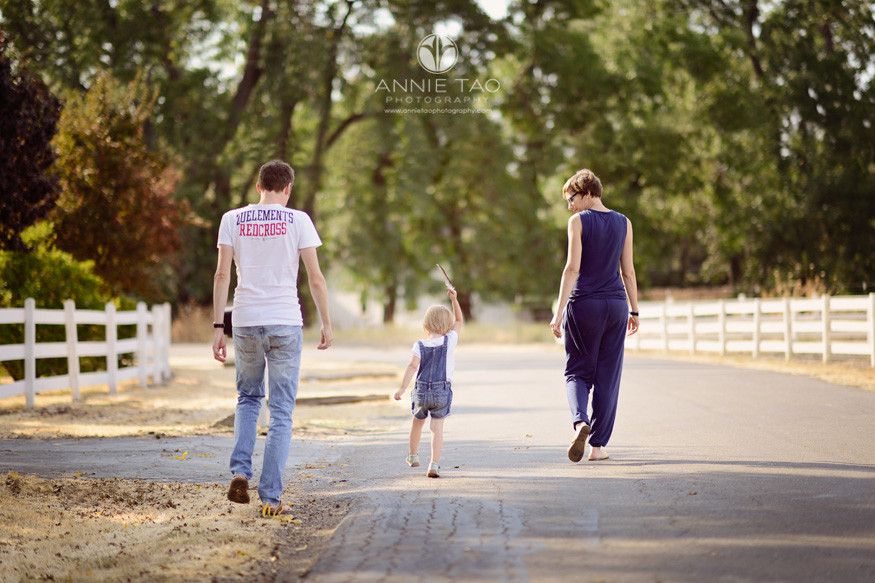 East-Bay-lifestyle-family-photography-parents-walking-with-toddler-golden-hour