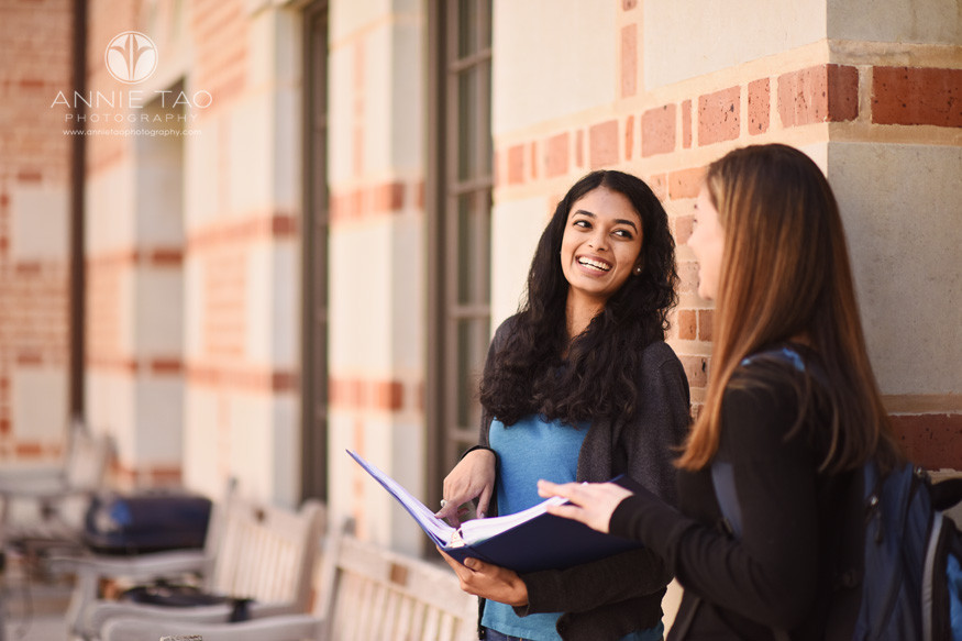 Houston-commercial-photography-female-business-school-students-discussing-outside-class