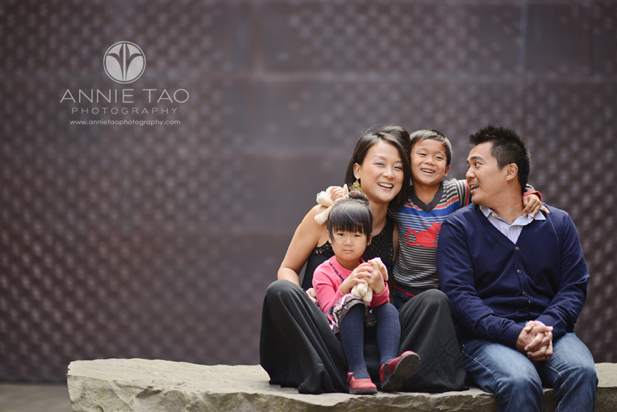 San-Francisco-lifestyle-family-photography-family-of-four-sitting-on-a-giant-rock