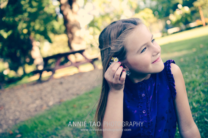 South-Bay-lifestyle-family-photography-girl-putting-flowers-in-her-hair