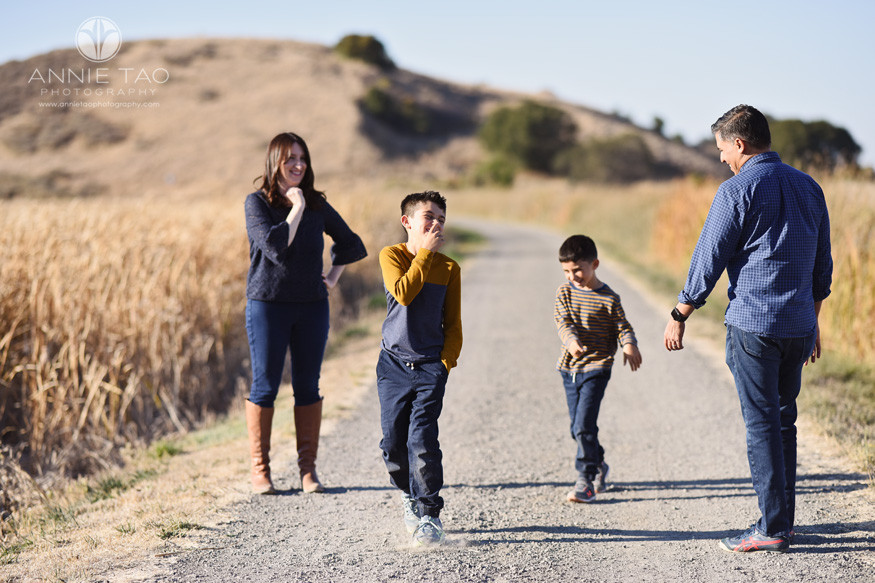 East-Bay-lifestyle-family-children-photography-playing-on-dirt-path