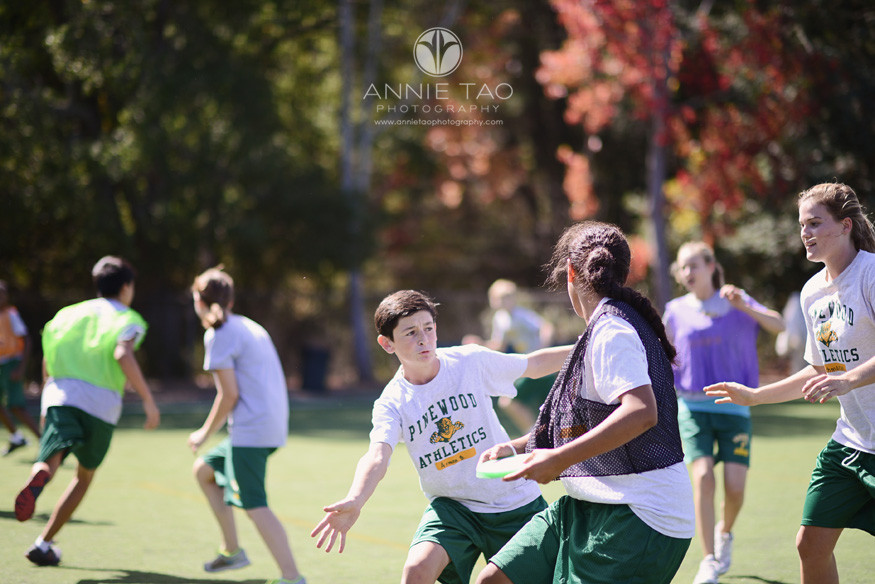 Bay-Area-Los-Altos-Commercial-Photography-physical-education-class-playing-ultimate-frisbee