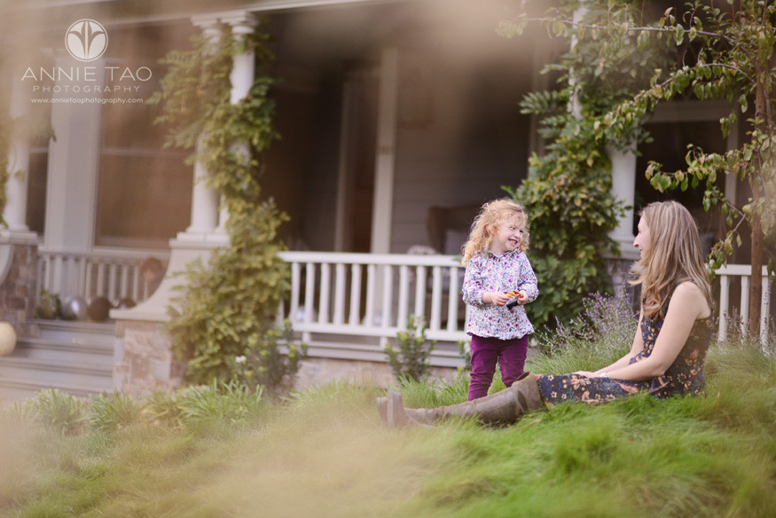 Bay-Area-Palo-Alto-lifestyle-family-photography-toddler-girl-laughing-with-her-mom