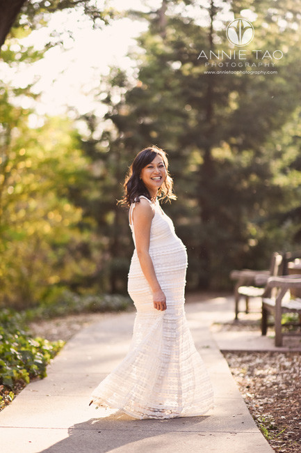 East-Bay-lifestyle-maternity-photography-pregnant-woman-twirling