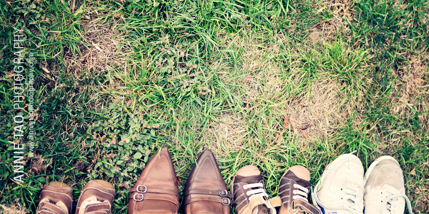East-Bay-lifestyle-family-photography-little-family-shoes
