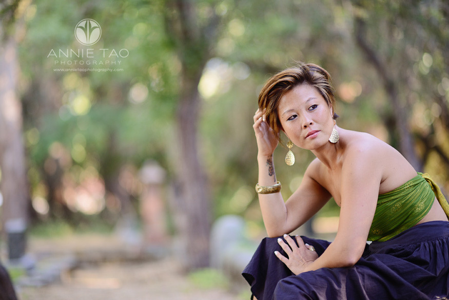 East-Bay-styled-photography-woman-with-short-hair-looking-to-side