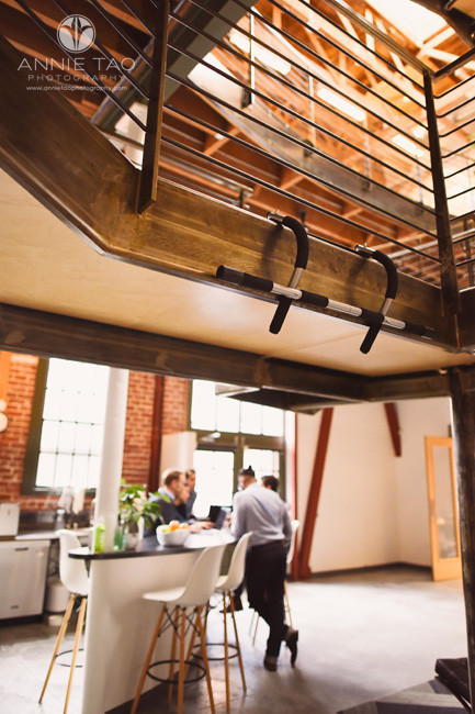 San-Francisco-commercial-photography-pullup-bar-in-office