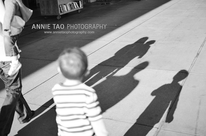 San-Francisco-Bay-Area-family-photography-family-shadow-at-Ferry-Building