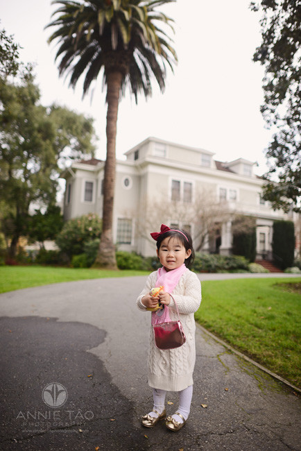 Bay-Area-Palo-Alto-lifestyle-children-photography-toddler-girl-with-scarf-and-purse-in-front-of-house