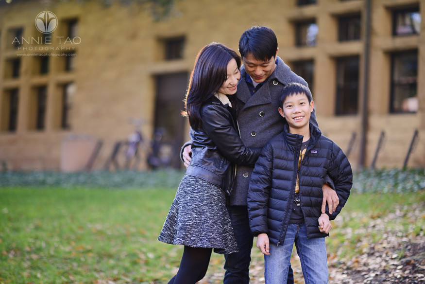 Bay-Area-Palo-Alto-family-lifestyle-photography-family-hug