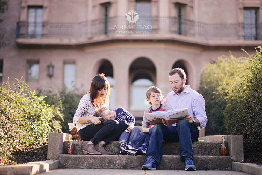 Bay-Area-styled-family-photography-father-reading-a-story-to-family