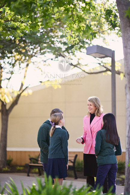 San-Francisco-Bay-Area-commercial-photography-principal-talking-with-students